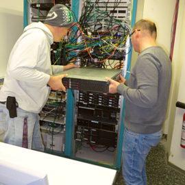Troisdorfer Freifunker unterstützen mit Hardware-Server