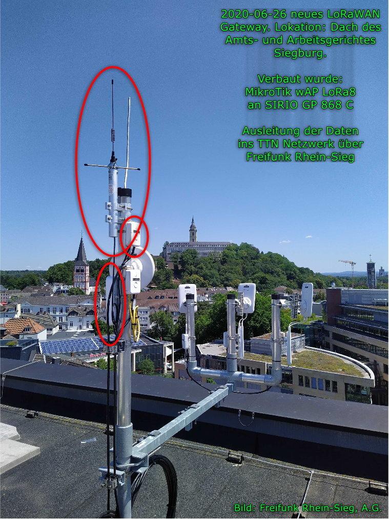 LoRaWAN Gateway auf dem Dach des Amtsgerichtes in Siegburg